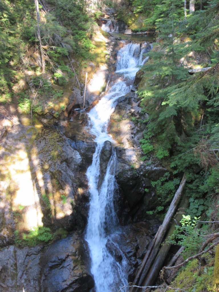 This image has an empty alt attribute; its file name is Deer-Creek-Falls-768x1024.jpg